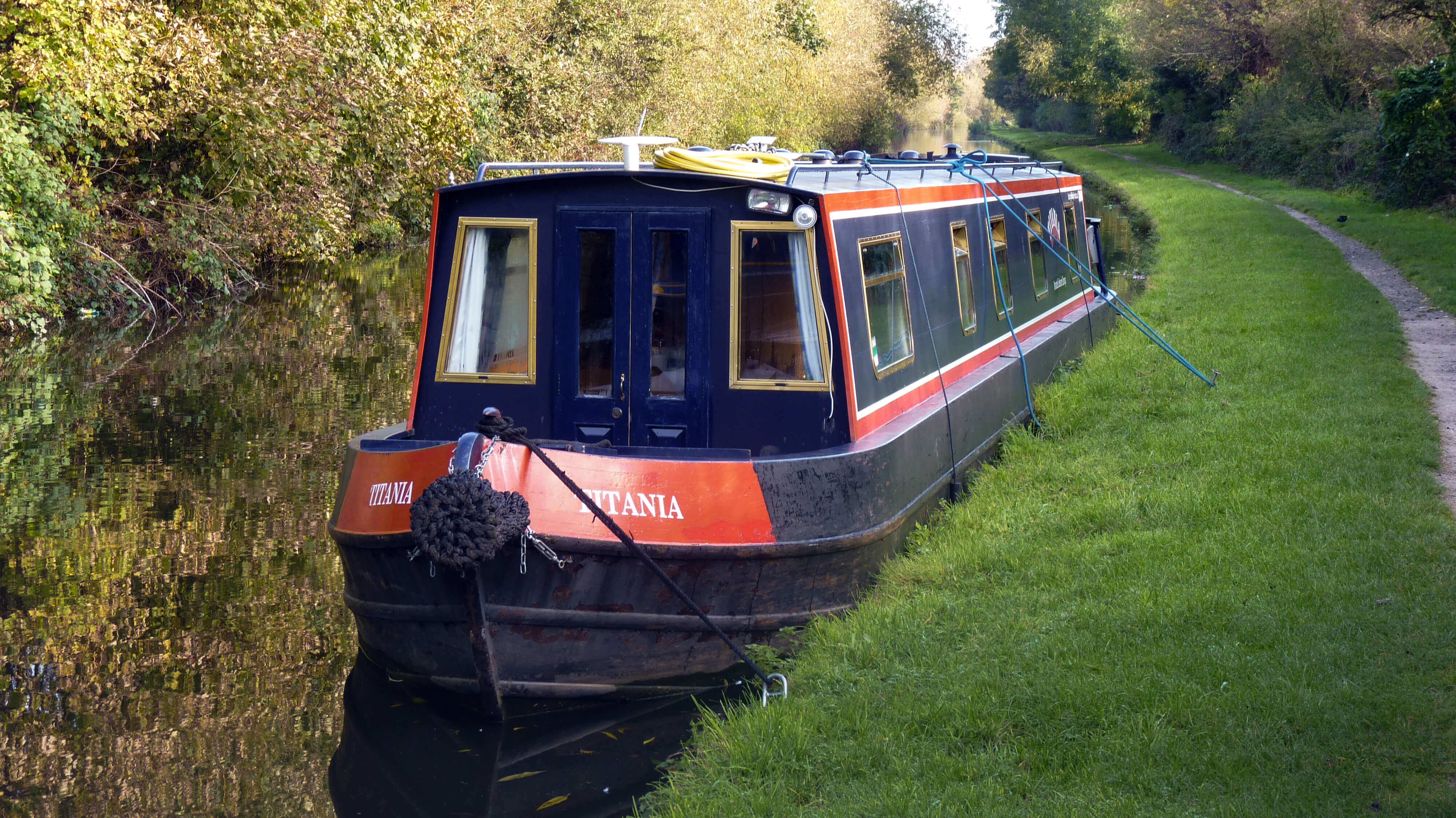 narrowboat-image.jpg